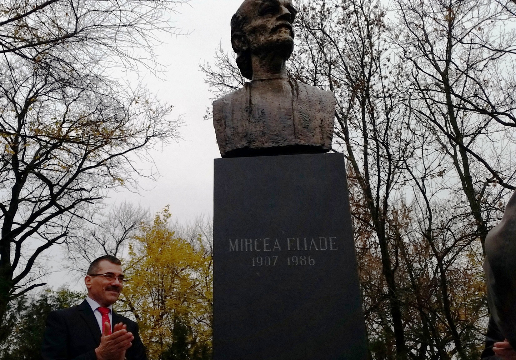 Bustul lui Mircea Eliade, în patrimoniul cultural al Sectorului 1