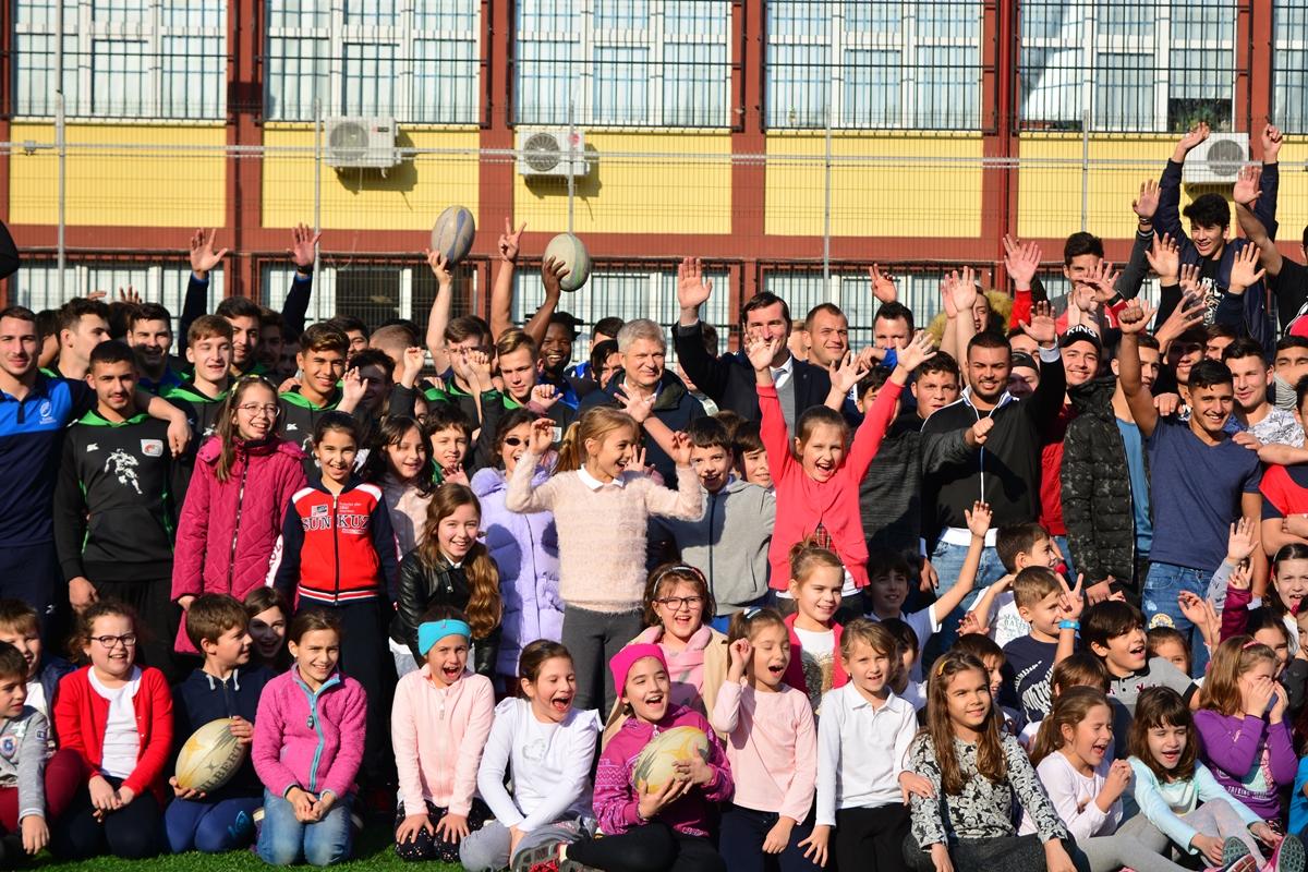"""""""Stejarii"""" i-au antrenat pe tinerii rugbyști din Sectorul 1 pentru marea performanță"""