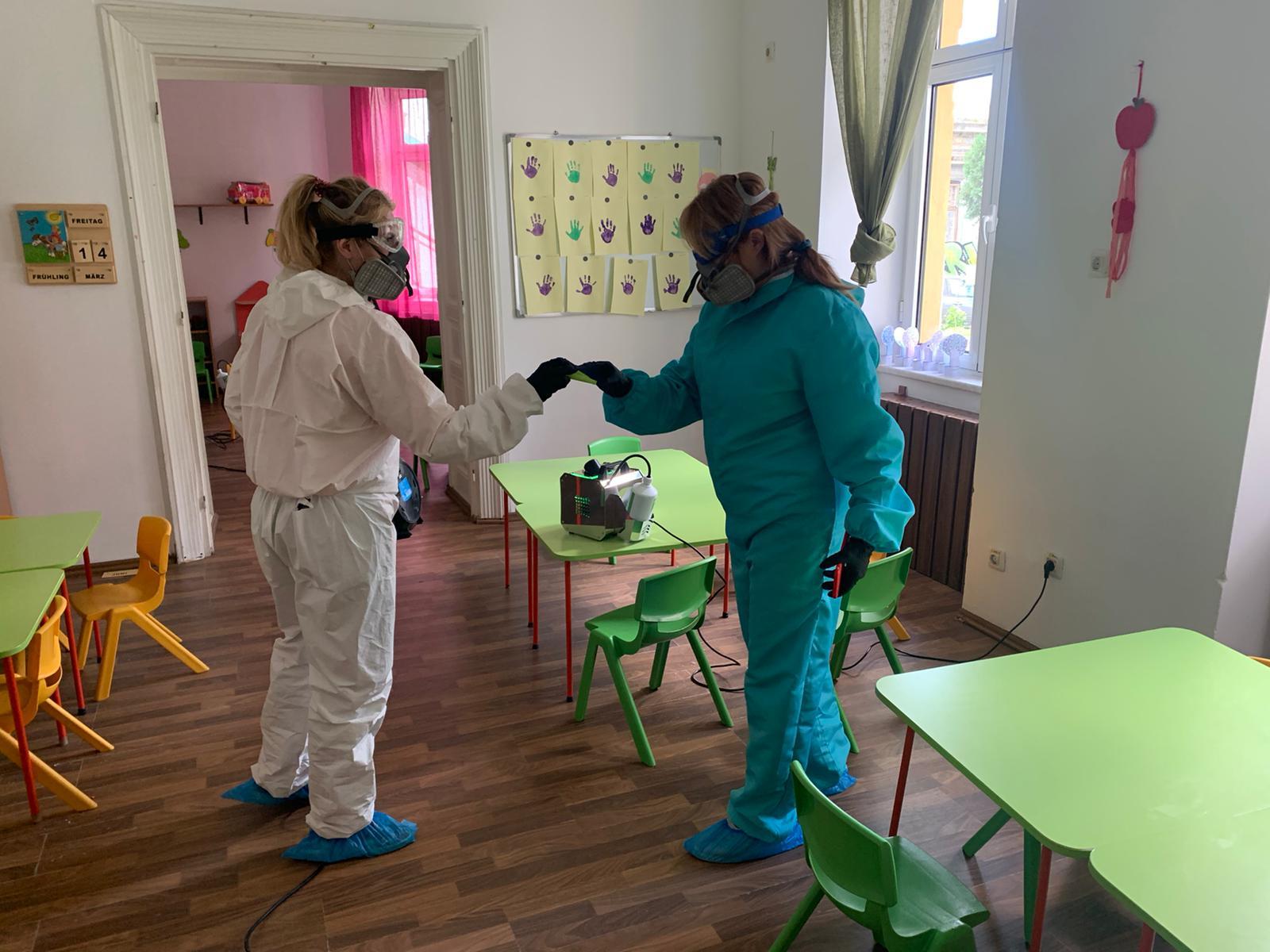 Nebulizatoarele Primăriei Sectorului 1, utilizate pentru igienizarea unităților de învățământ