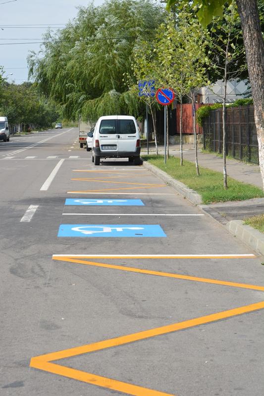 Părinții nu vor mai avea grija parcării mașinilor personale când își vor lăsa sau lua copiii de la școală